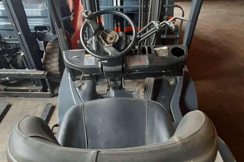 Toyota Diesel forklift 62 8FD25 Forklifts