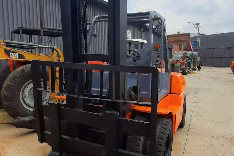 Toyota Diesel forklift 7ton diesel Forklifts