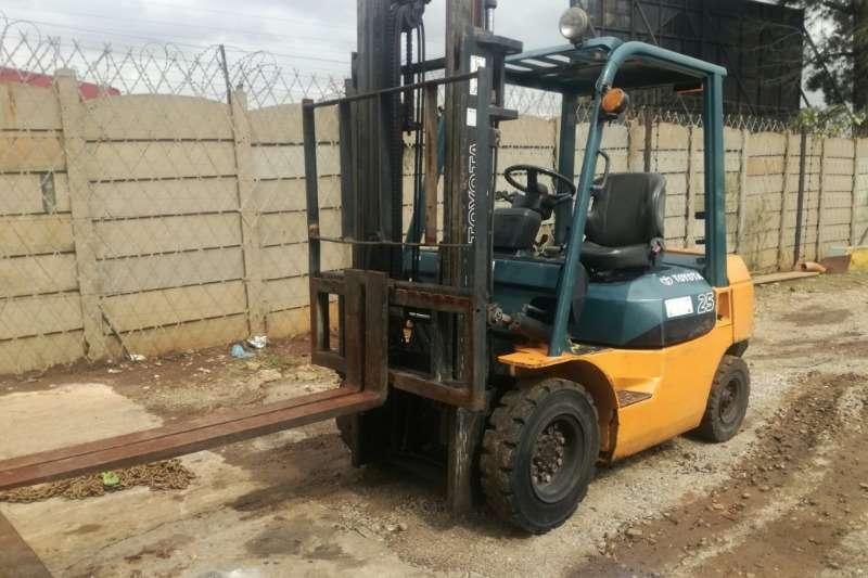 Toyota Diesel forklift Toyota 42 &FG20 2.5 Ton Forklift Forklifts