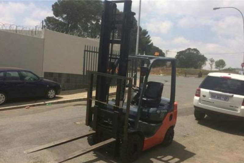 Toyota Diesel forklift Toyota 8 SERIES 1.8TON DIESEL Forklifts