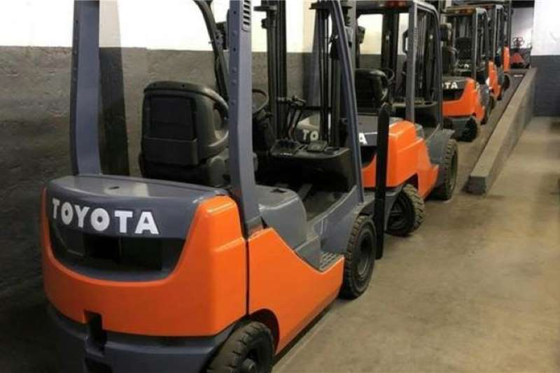 Toyota Material handling Toyota 62 8FD18 Forklifts