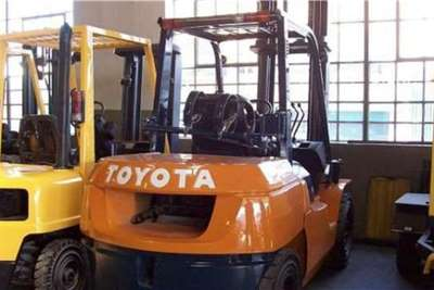 Toyota Material handling Toyota 7 SERIES Forklifts