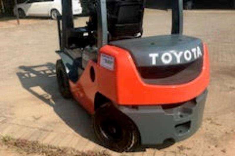 Toyota Forklifts Toyota Forklift