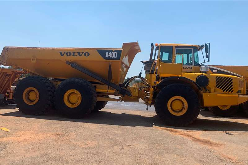 Volvo ADTs 2005 Volvo A40D 6x6 ADT 2005