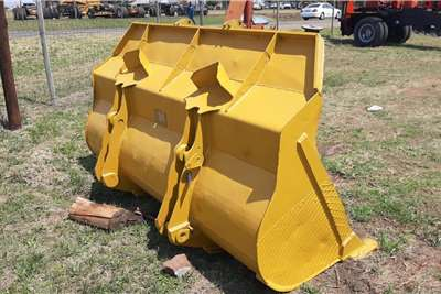 Volvo Front End Loader Bucket Attachments