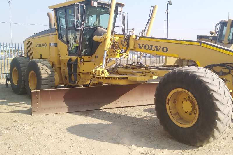 Dresser DRESSER TD-15C DOZER Dozers Machinery for sale in Gauteng