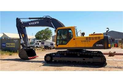 Volvo EC290BLC Excavators