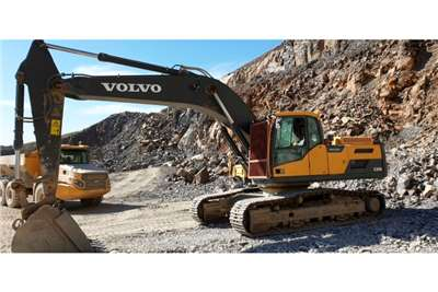 Volvo EC300DL Excavators