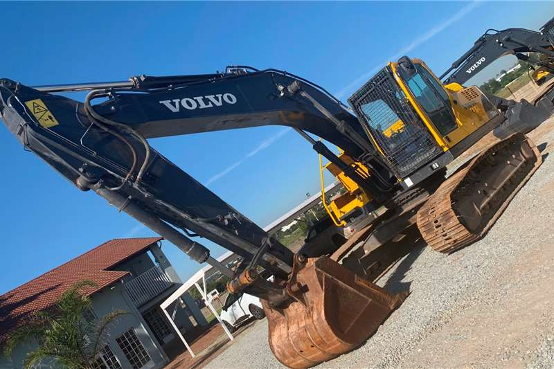 Volvo Excavators VOLVO EC210BLC PRIME 2011