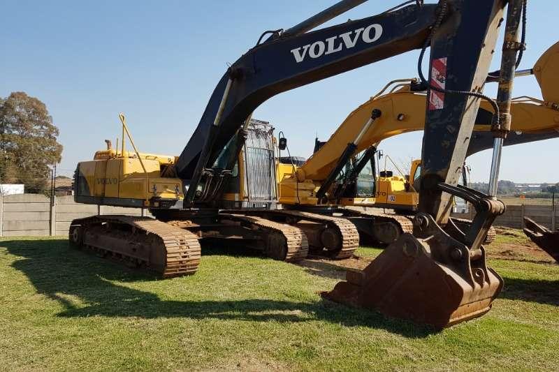 Volvo Excavators Volvo EC240BLC Excavator