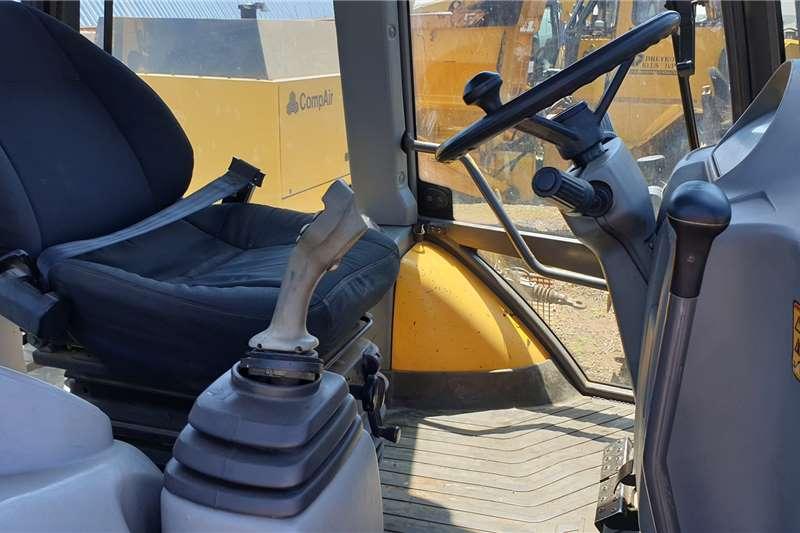 Volvo BL71 TLB TLBs