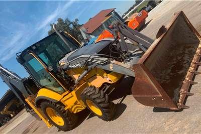 Volvo Construction 2012 VOLVO BL61B 4X4 TLBs