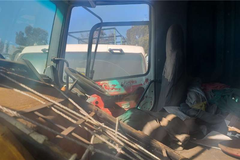ADE DAF CF380 Beaver Tail Body 4x2 Stripping for Spare Truck spares and parts