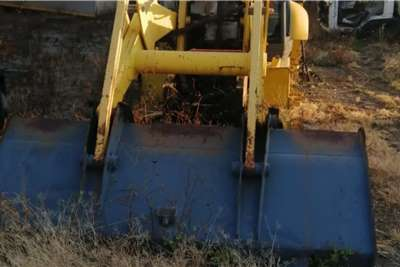 ADE TLB 4x4 Komatsu WB91R Stripping for Spares Truck spares and parts