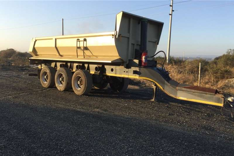 Afrit Trailers 3xAxle15CubPup Trailer 2018