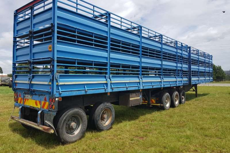 Afrit Trailers Cattle body Afrit Tripple Sheep Deck 2004 Link 2004