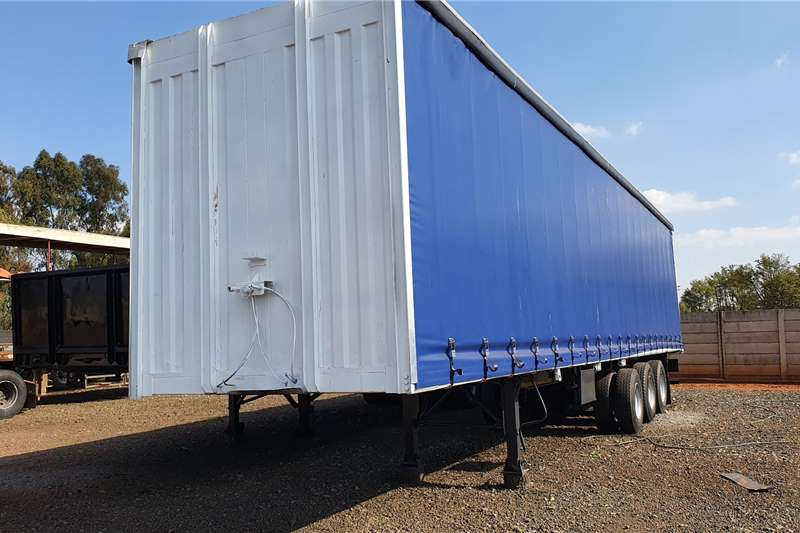 Afrit Trailers Curtain side 14.5m tri axle 2004