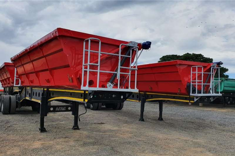 Afrit Trailers Side tipper 2 X AFRIT 40 CUBE SIDE TIPPER LINKS 2015