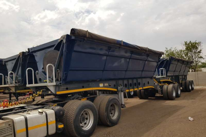 Afrit Trailers Side tipper 4 x Afrit 40cube Interlink Sidetippers 2013