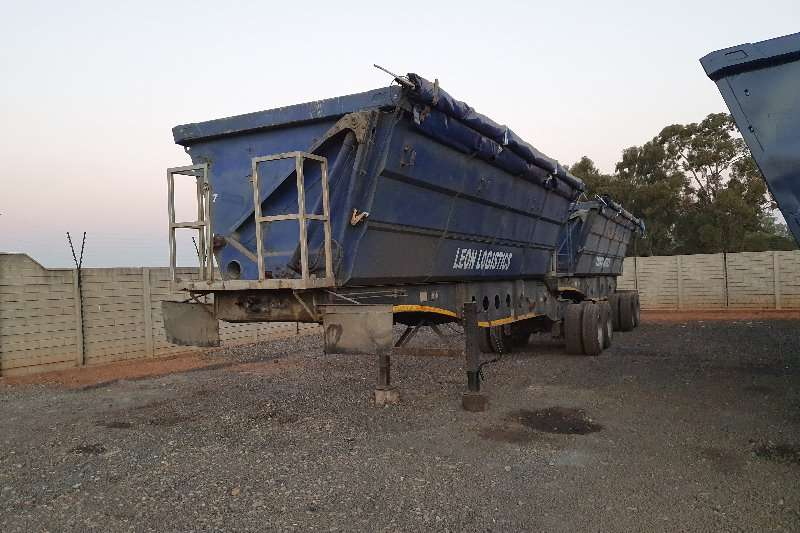 Afrit Trailers Side tipper 45M 2007