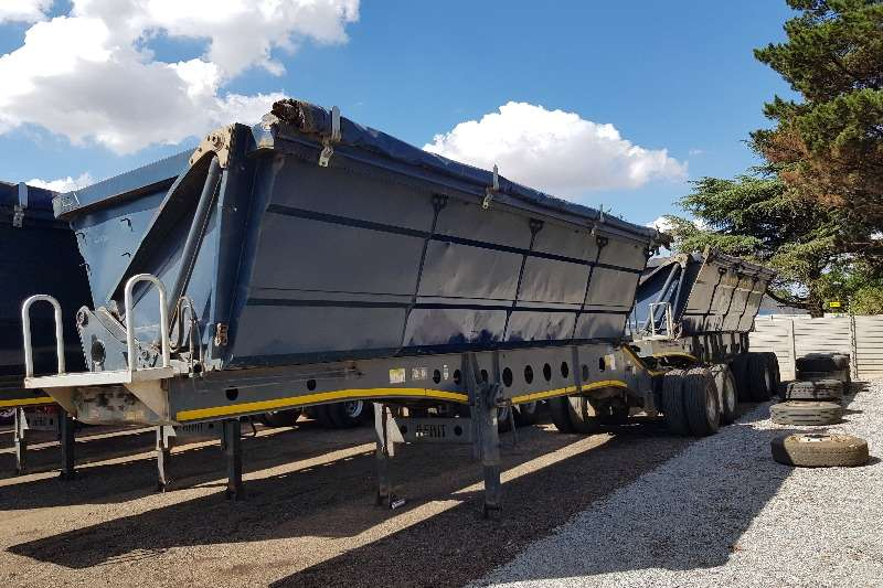 Afrit Trailers Side tipper Afrit 40cube Interlink Sidetipper , excl condition 2013