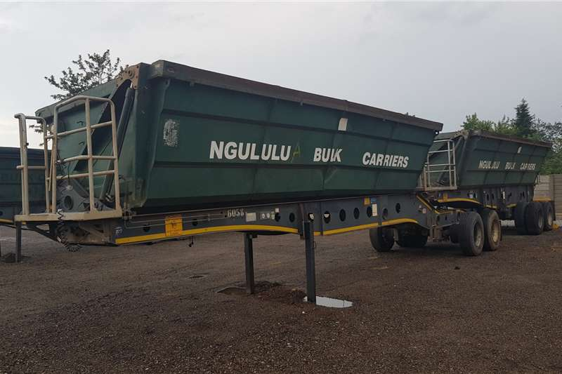 Afrit Trailers Side tipper Afrit 40cube Sidetipper 2014