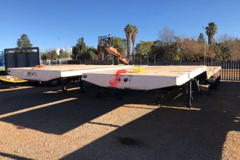 Afrit Trailers Stepdeck tri axle Stepdeck 2015