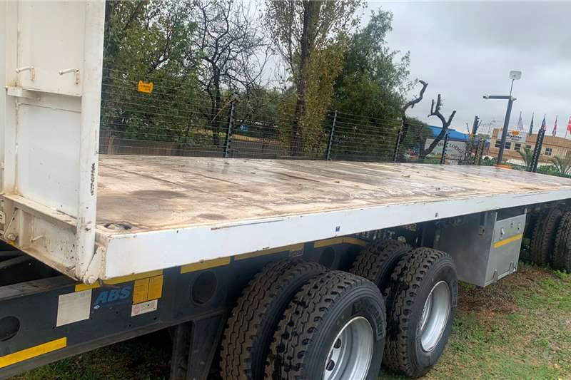 Afrit SUPER LINK FLAT DECK Trailers
