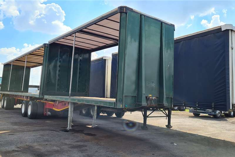Afrit Tautliner 6M x 12M Trailers