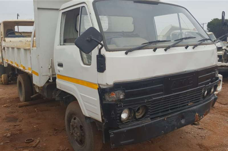AMC Tipper trucks AMC with 14b motor tipper stripping for spares