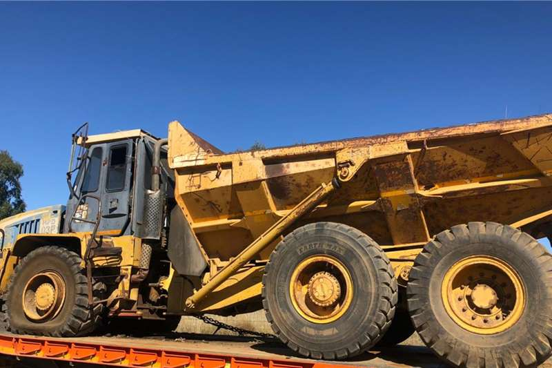 AMC Truck Bell B20C Dumper Truck Stripping For Spares