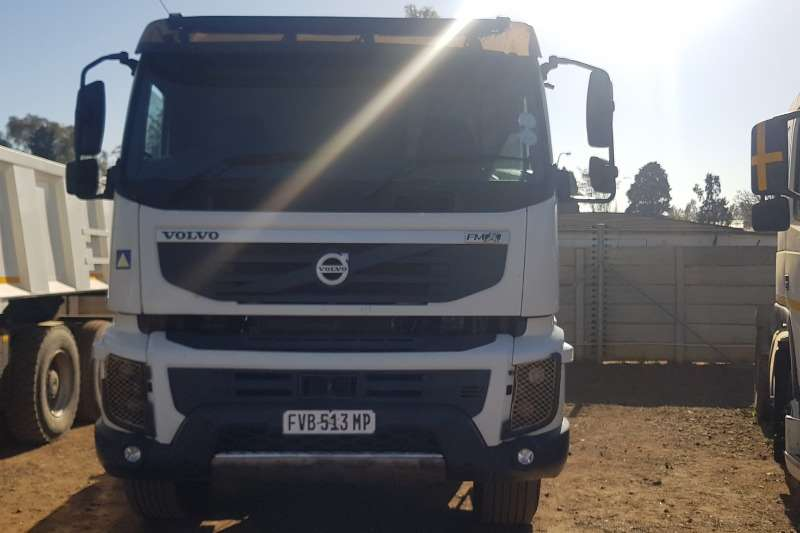Astra Truck-Tractor Double axle FMX 440 2012