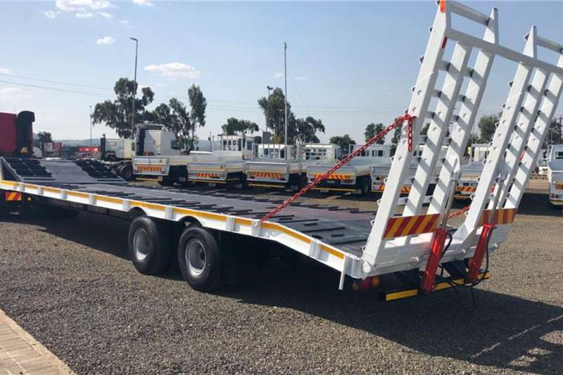 Basset Trailers Lowbed 2 AXLE FIXED NECK LOWBED
