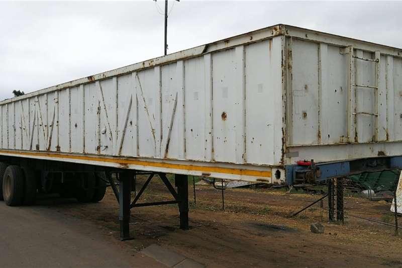 BDJ Skeletal 14.4M Tri Axle Trailers