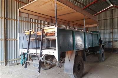 Bedford 25 Seater Game drive Truck Truck