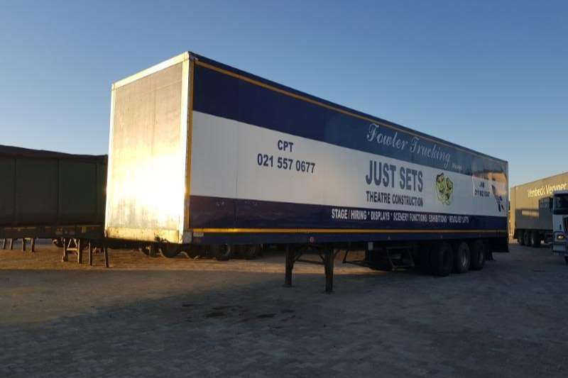 Box trailer TDM CLOSE BODY TRI AXLE TRAILER 1995