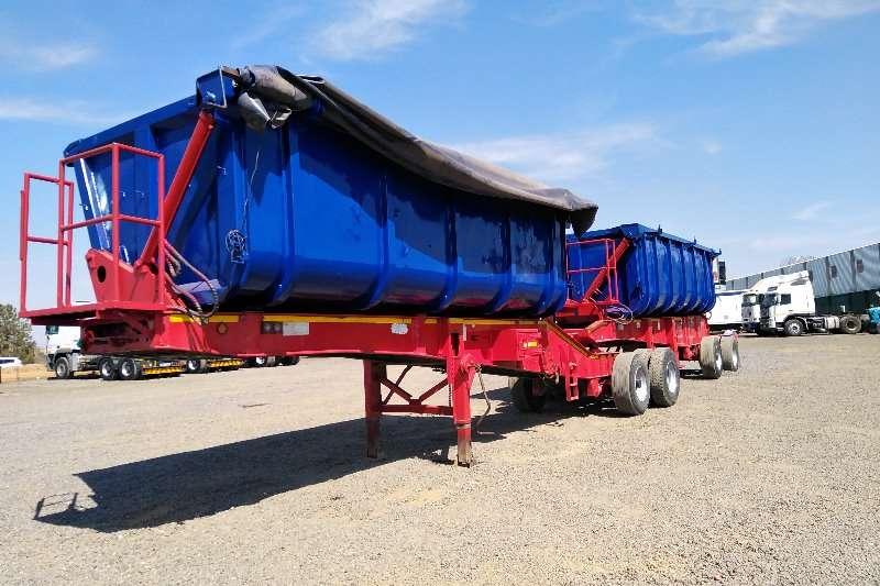 Cargo Lite Trailers Side tipper TOP TRAILER CARGO LITE 40 CUBE SIDE TIPPER 2010