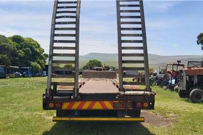 Cargo Torque Henred Fruehauf Lowbed Double Axle Trailer Flatdeck trailer