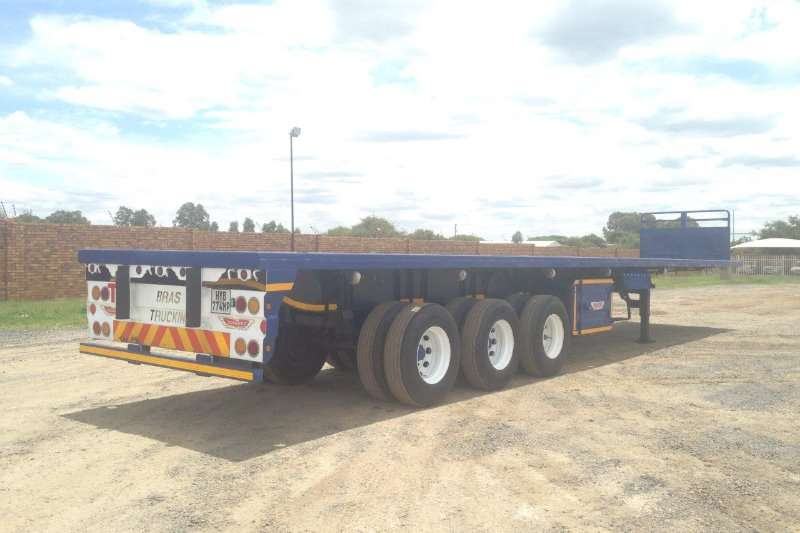 Cargo Torque Flatdeck trailer Triaxle Trailer 2004