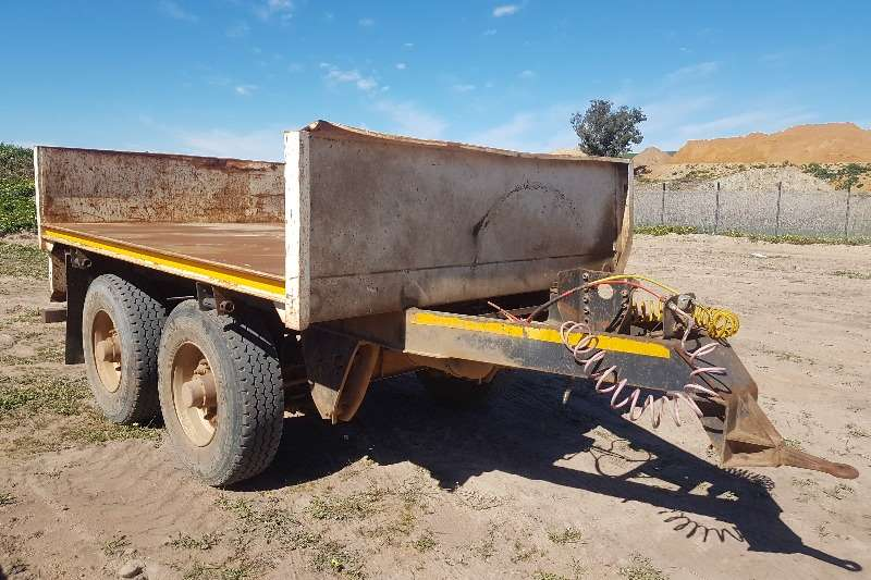CTS Trailers Brick trailer CTS Pub 2013