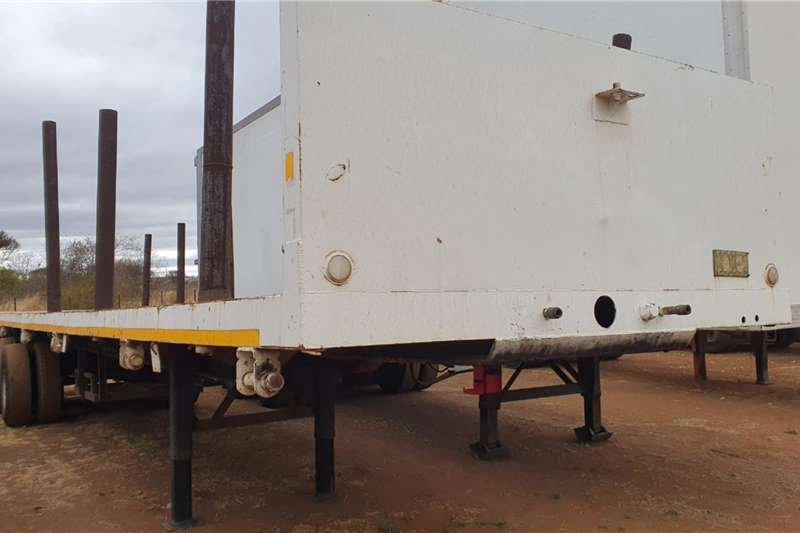 CTS DOUBLE AXLE FLATDECK Trailers