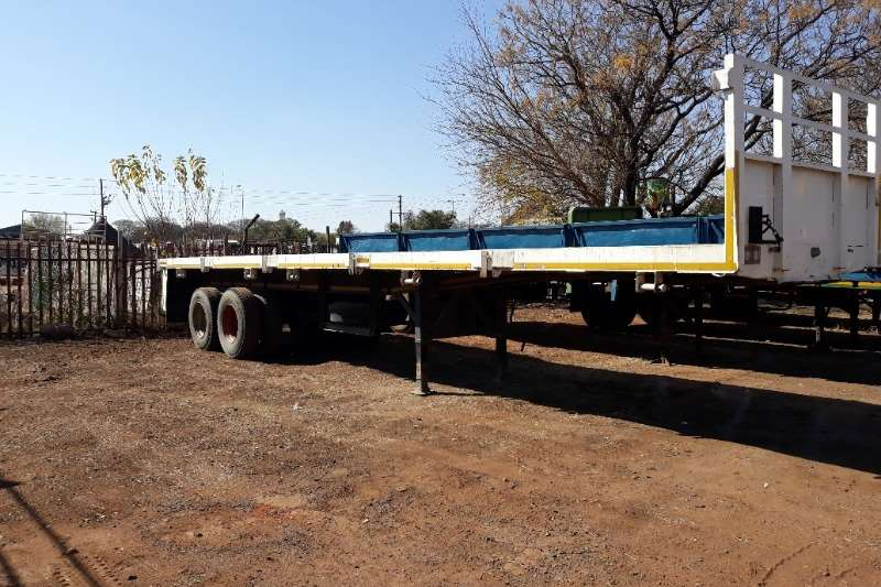 Custom Advertise trailer HENDRED 2 AXLE FLAT DECK TRAILER