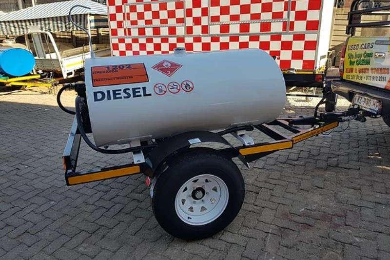 Custom Diesel bowser trailer 1000D Mild Steel Diesel Tanker 2019