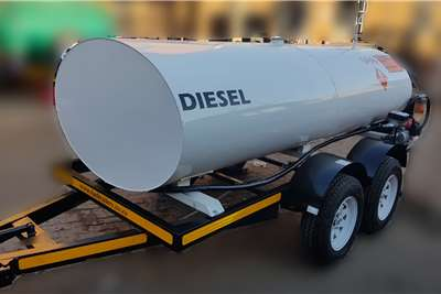 Custom 2000 Litre Plastic / Steel / Stainless Fuel Tanker Diesel bowser trailer