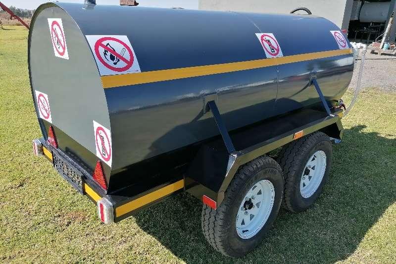 Custom 2000l custom built Diesel bowser trailer