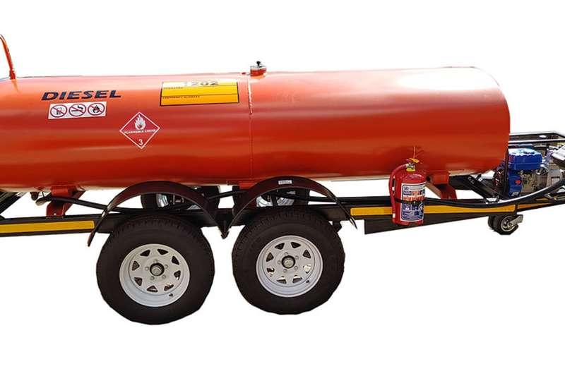Custom 2500 Litre Plastic / Steel / S/Steel Fuel Tanker Diesel bowser trailer