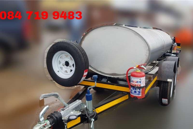 Custom Diesel bowser trailer 2500Liter Diesel Bowser Trailer 2020