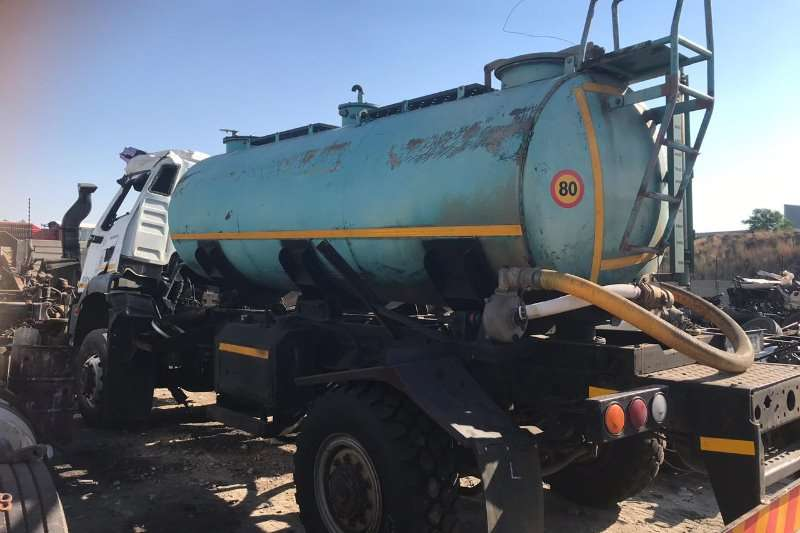 Custom Truck accessories 6500L Water Tanker