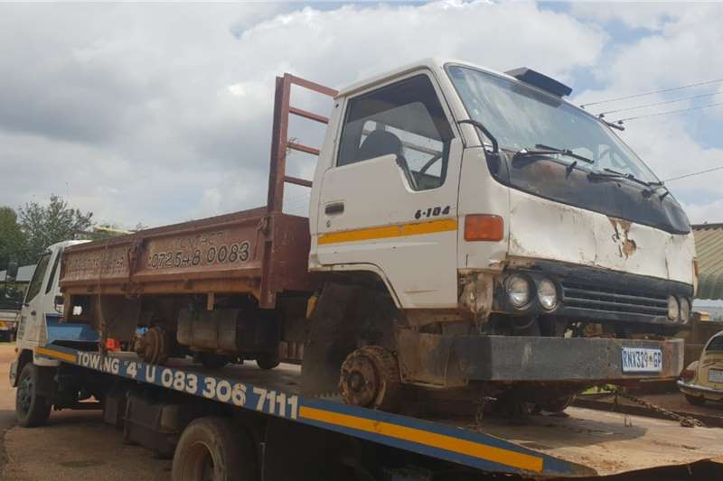 Custom Truck accessories Toyota Dyna 6104 Stripping for spares