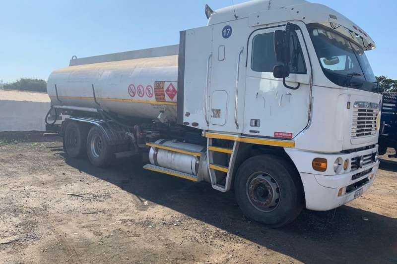 Custom Water bowser Freightliner ISX500  19000 Litre Water Tanker 2004